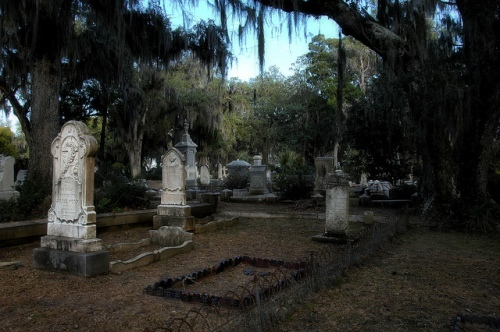 vanishing-coastal-georgia-savannah-ga-bonaventure-cemtery-oaks-spanish-moss-victorian-headstones-historic-picture-image-photo-copyright-brian-brown-photographer-usa-2012