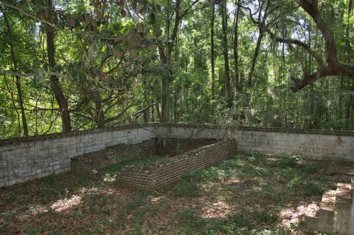 Crescent GA McIntosh County General Francis Hopkins Family Burial Enclosure Photograph Copyright Brian Brown Vanishing Coastal Georgia USA 2014