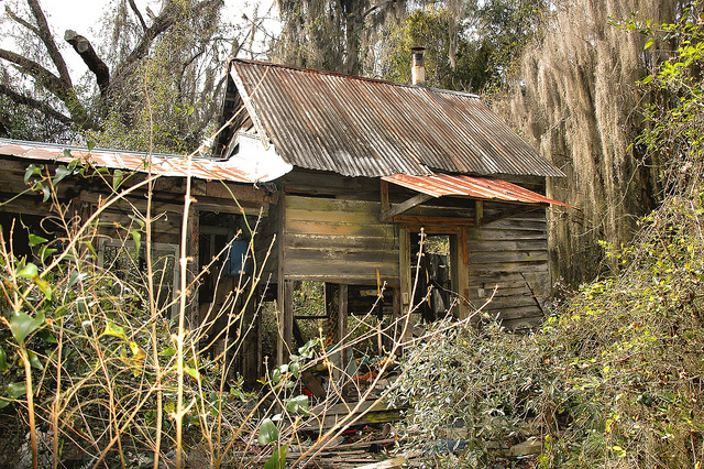 crescent-ga-mcintosh-county-abandoned-cracker-i-house-detached-kitchen-ruins-picture-image-photo-copyright-brian-brown-photographer-vanishing-coastal-georgia-usa-2012