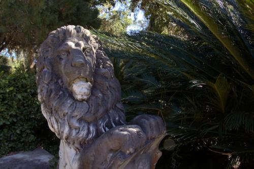 chicota-cottage-jekyll-island-ga-corinthian-lion-photograph-copyright-brian-brown-vanishing-coastal-georgia-usa-2017